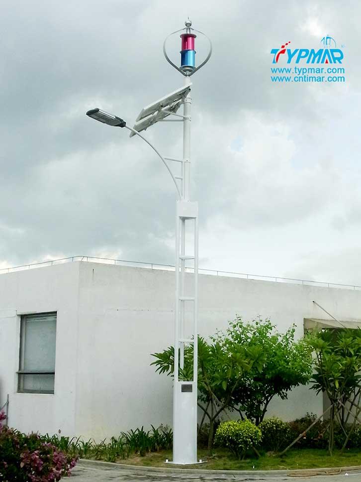 深圳新宝安机场试点工程 风光互补路灯系统