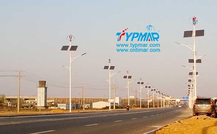 江西吉安永新县将军大道风光互补路灯工程 内置智能风光互补控制器