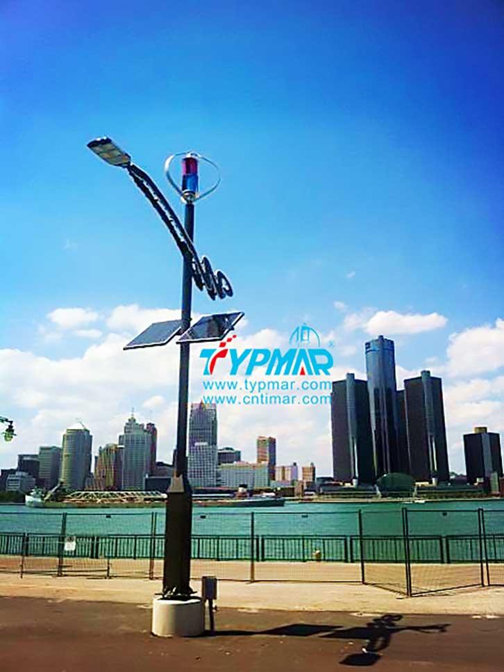 加拿大安大略湖风光互补路灯工程 风力发电机