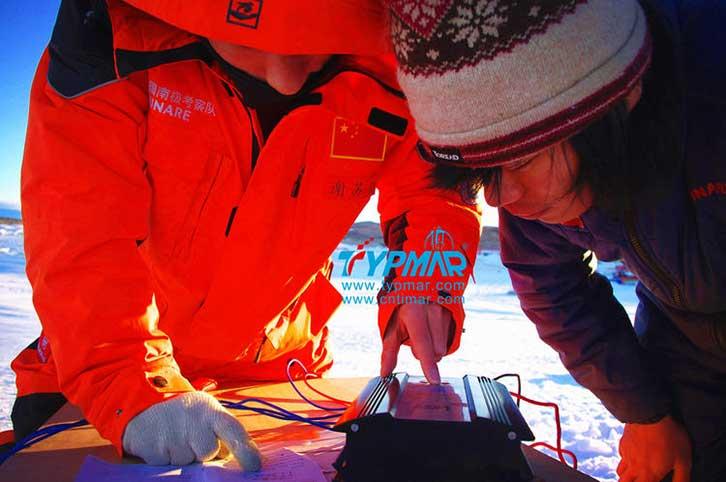 中国南极科考队风力供电系统 风光互补控制器调试